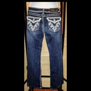 LA idol dark wash boot cut jeans. Size 3.